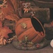 D1788-Squirrel 6cm on Pumpkin Candy Dish