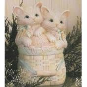 D643- Cotton Wool or Sewing Basket with Kitten Lid 15cmH
