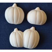 D903 -Set of 4 Small Pumpkins 4cmH