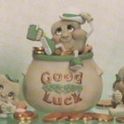 D970-Good Luck Pot 10cmH