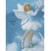 G3349-Snow Flurries Fairy Holding Star 18cm