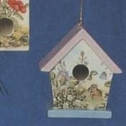 S3336A-Traditional Birdhouse Ornament One Hole 10cm