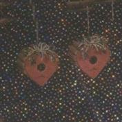 D1467- 2 Rustic Heart Birdhouse Ornaments 6cm