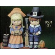 S501 -Pilgrim Boy & Girl 15cm Tall
